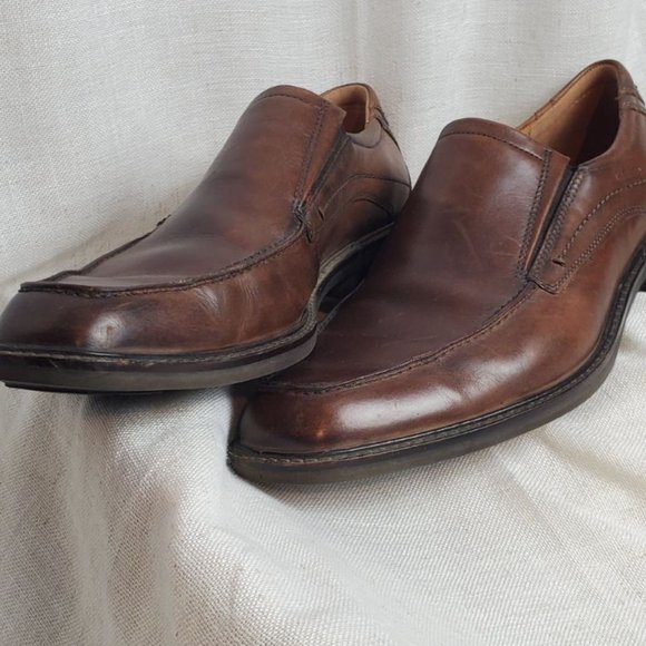ECCO Brown Leather Slip On Dress Shoes
